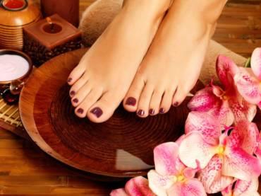 Masaż stopami Padanghata